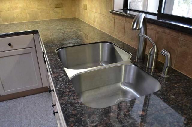 granite-countertops-6